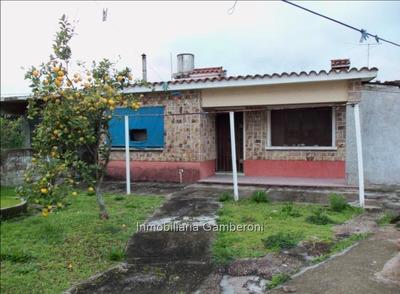 Chalet De Tejas De 3 Dormitorios En Peñarol