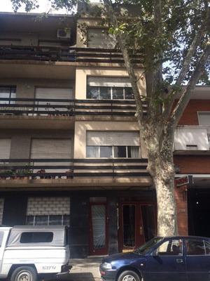 Apartamento Amplo De 1 Dormitorio En Barrio Sur
