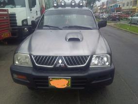 Vendo Camioneta Mitsubishi L200 Año 2006