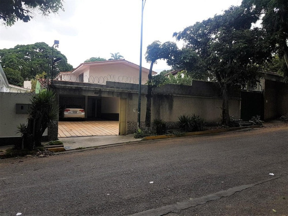 Casa En Venta Santa Eduvigis Caracas