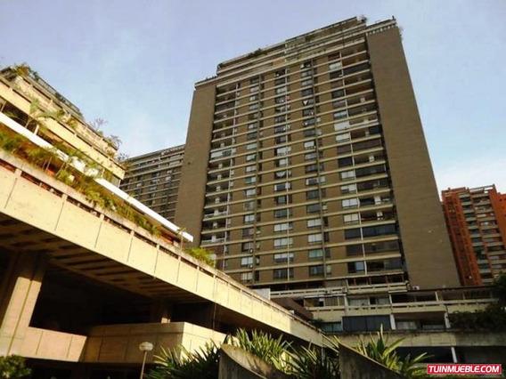 Apartamentos En Venta #16-3947