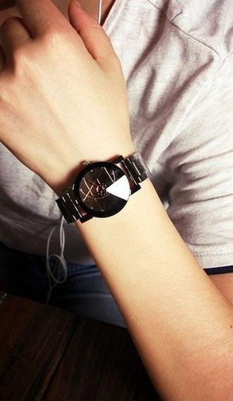 Relógio Masculino Geométrico.