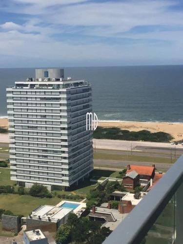 Hermoso Apartamento Con Vista Al Mar Desde Terraza- Ref: 6365