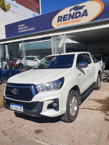Toyota Hilux 2.8 Cd Srv 177cv 4x4 At 2019