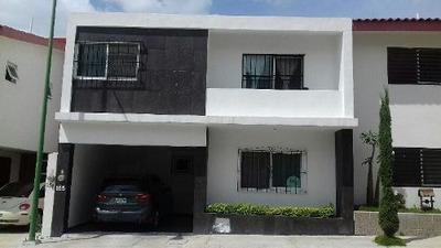 Casa En Venta Fraccionamiento Santa Clara Mirador