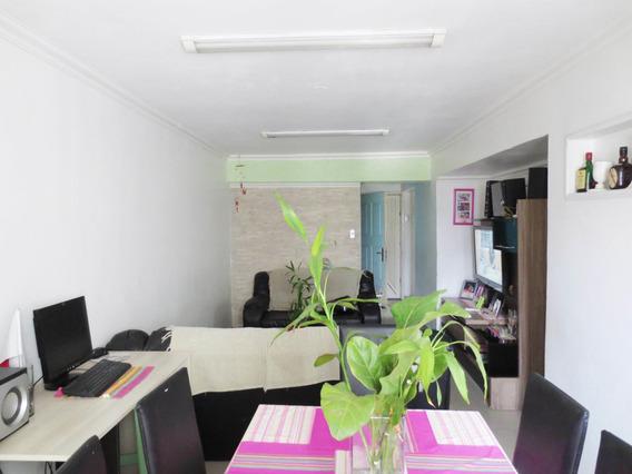 Apartamento En Venta En Zona Centro Cod 20-7408