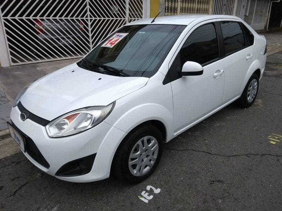 Ford Fiesta Sedan 1.6 8v Flex 4p 2014