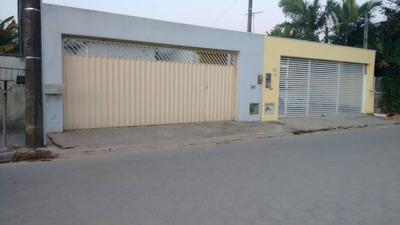 Casa Com 3 Quartos E 2 Banh