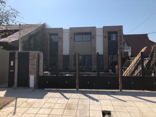 Imagen 1 de 14 de Duplex 3 Ambientes Apto Crédito, Con Cochera Y Fondo