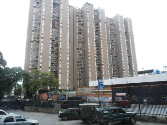 Apartamento En Venta Mls #20-12131