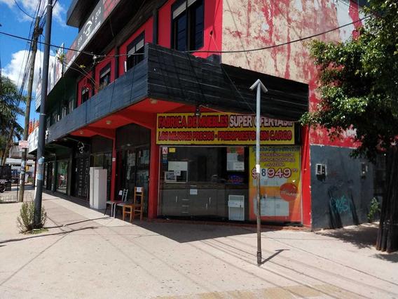 Local En Esquina-planta Baja Frente Shoping Terrazas De Mayo