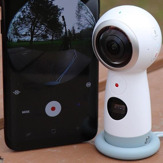 Câmera Samsung Gear 360 2017 + Acessórios De Brindes