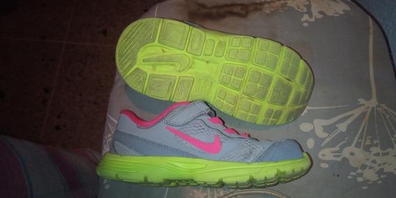 Zapatos Nike De Niña Original Talla 27 O 16 Cm Poco Uso