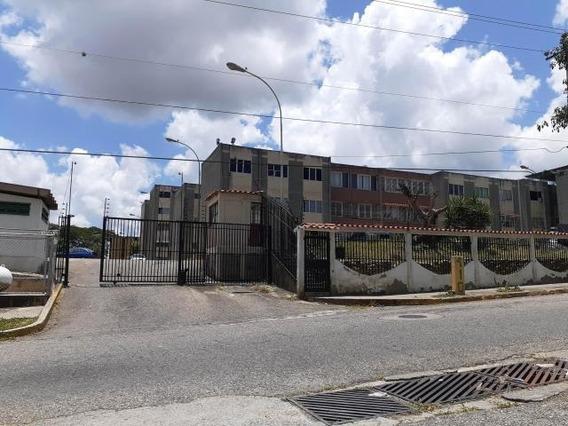 Apartamento En Venta Cabudare Rah Cod: 20-2587 Fr