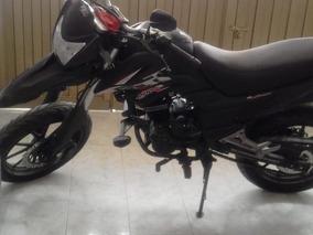 Moto Akt 200 Ttx 19 Nueva
