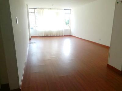 Venta Apartamento, La Camelia, Manizales.