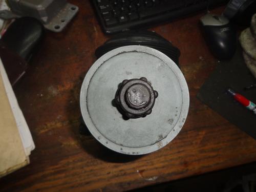 Vendo Bomba De Power Steering  De Mercedes Benz C220, Año 95