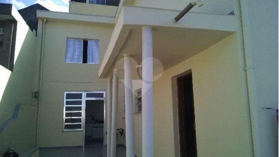 03 Dormitórios Com 01 Vaga De Garagem,área De Serviço,quintal,armários Planejados - 169-im188081