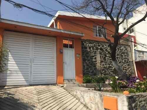 Casa En Venta En Pedregal De San Nicolás
