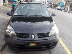 Renault Clio 1.0 Authentique Sedan 16v