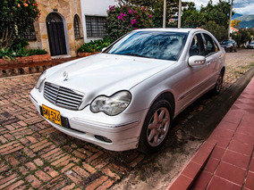 Mercedes Benz Clase C 320, Blanco.