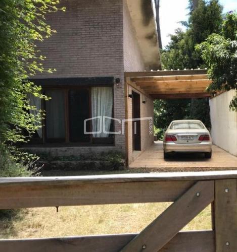 Alquiler Anual Casa Con 3 Dormitorios- Ref: 573