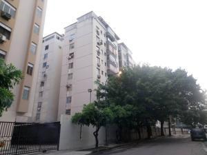 Apartamento En Venta Prebo I Valencia Código 20-8380 Polo
