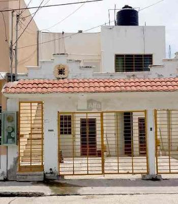 Departamento En Renta En Miguel De La Madrid, Carmen, Campec