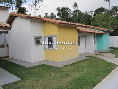 Imagem 1 de 16 de Vende-se Casa Em Condominio - 1074