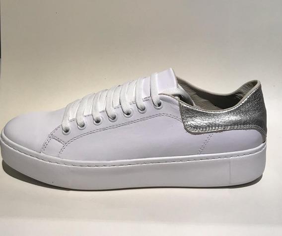 Zapatillas Blancas Dorado De Cuero Dellatesta