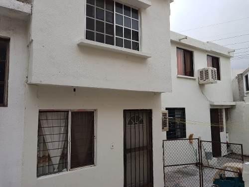 Casa En Venta En Santa Catarina, Villa Del Obispo