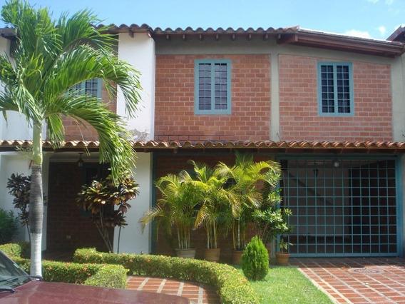 Cm 20-4176 Casa En Venta En Castillejo