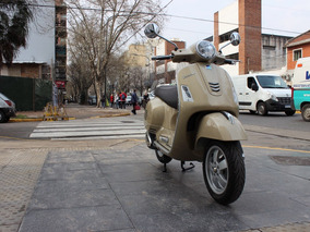 Vespa 300 Gts - Motoplex Devoto
