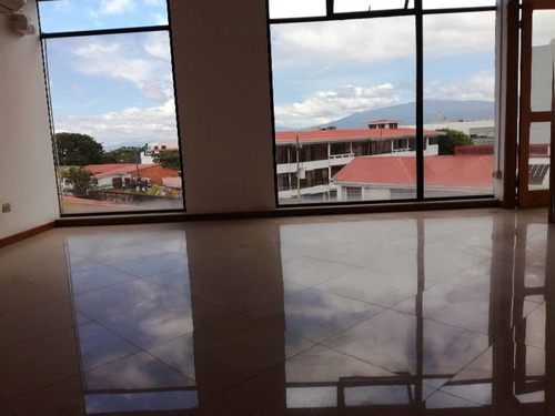 Imagen 1 de 7 de Se Venden Oficinas, San Pedro De Montes De Oca, 132 Mts2