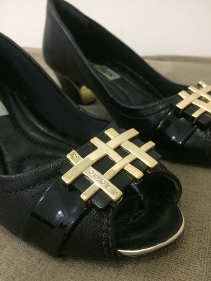 Sapato Feminino Comfortflex Preto Nº 35