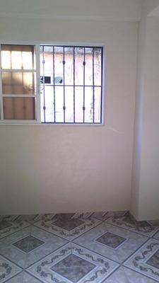 Alquiler Apartamento Sin Amueblar, De 1 Hab. Santo Domingo