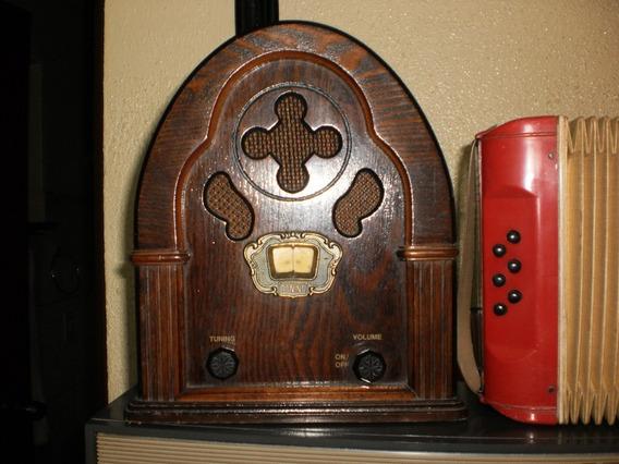 Antigo Radio Capelinha,lindo.