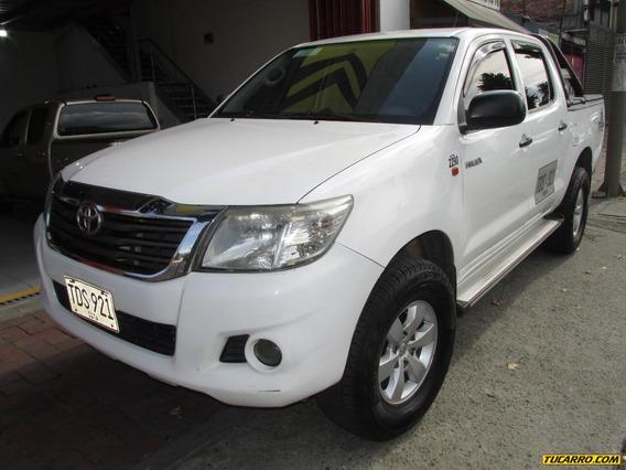 Toyota Hilux Servicio Publico