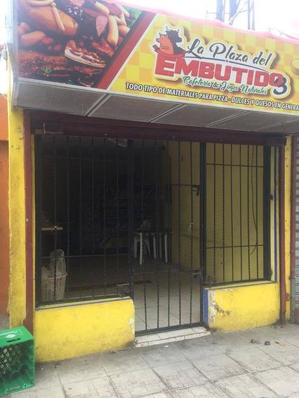 Local Comercial En La Avenida Hermanas Mirabal, Villa Mella