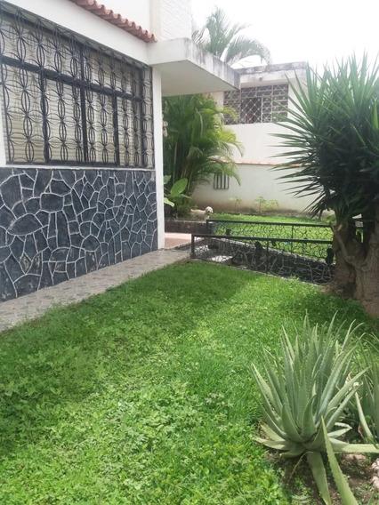 En Venta Casa En Colinas De Vista Alegre 04142262821 Serrano