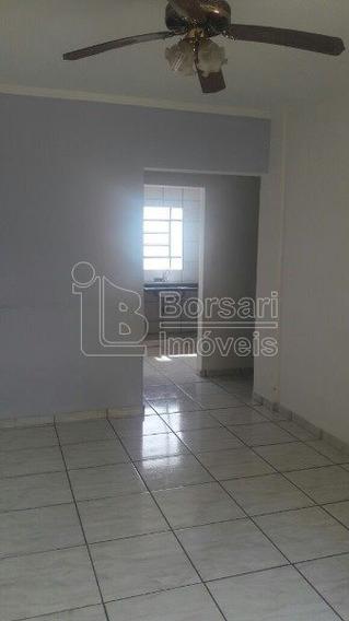 Venda De Apartamentos / Padrão Na Cidade De Araraquara 4292