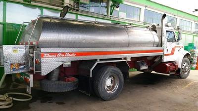Alquilo Carro Tanques Para Recoger Agua O Leche