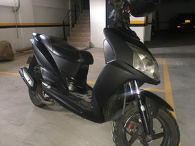 Akt Jet 5 R Automatica Modelo 2014