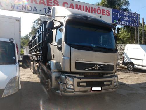 Imagem 1 de 11 de Volvo Vm 260 4 Eixo Graneleiro