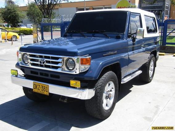 Toyota Land Cruiser Land Cruiser