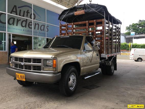 Chevrolet Cheyenne Camion Estacas