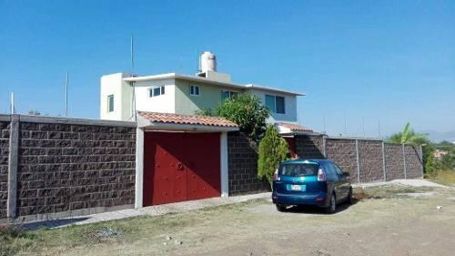 Casa En La Colonia Tehuixtlera