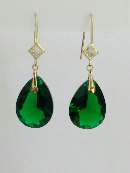 Brinco Ouro28k, 750, Com Pedra Sintética Cor Verde Esmeralda