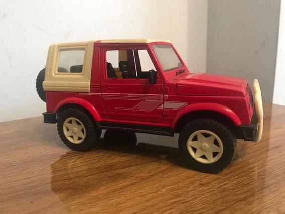 Suzuki Vitara 4x4 Die Cast 1:24 - Largo 18cm Excel Sin Caja