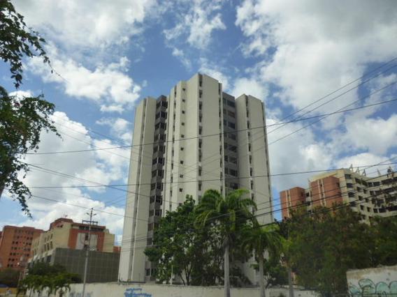 Apartamentos En Barquisimeto Av Leones Flex N° 20-6324, Sp
